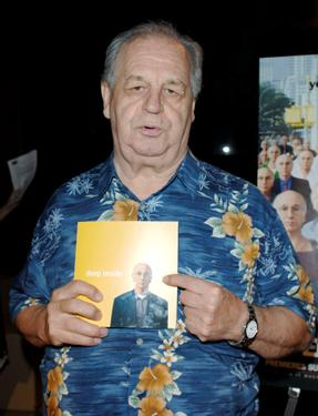 Paul Dooley and Sarge at the Los Angeles Premiere of HBO&#39;s &quot;Curb Your Enthusiasm&quot;.